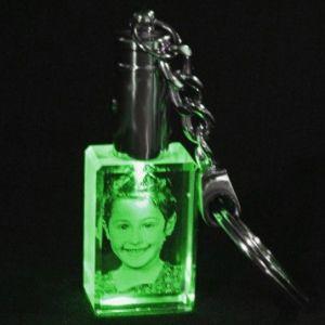 Kişiye Özel Kristal 30x20x15 Yeşil Işıklı Anahtarlık