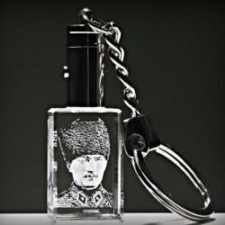 1 - Kristal Askeri Kalpaklı Atatürk Anahtarlık